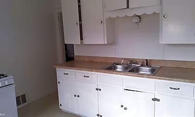 Kitchen, 11 Bayless Ave, 1