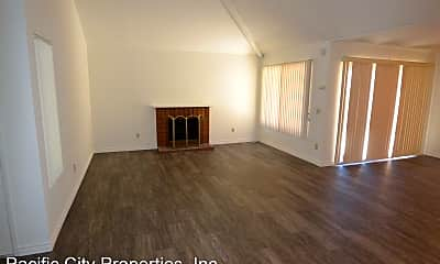 Living Room, 3705 W Park Central Ave, 1