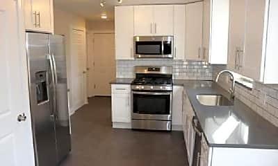 Kitchen, 2859 W Farragut Ave, 1
