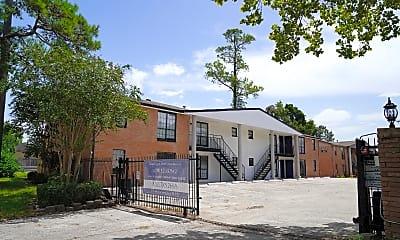 Building, 3316 N MacGregor Way, 2