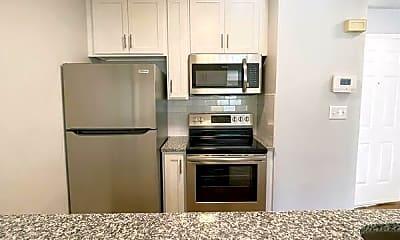 Kitchen, 221 N. Cedar Street, Unit B, 1