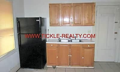 Kitchen, 32 Laburnam Crescent, 2