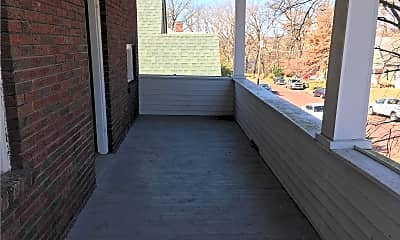 Patio / Deck, 613 Forest Ave, 1