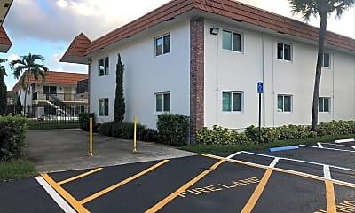 College Square Apartments, 0