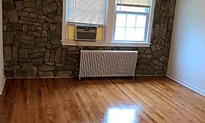 Living Room, 1811 18th St SE, 1