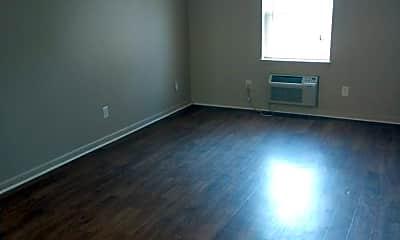 Living Room, 101 Compton Dr, 1