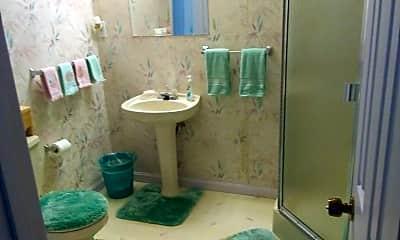 Bathroom, 924 Buckland Pl, 1