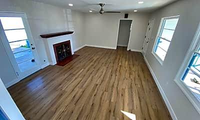 Living Room, 4642-4646 Florida St, 0