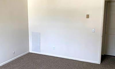 Bedroom, 1490 S Burnett Rd, 2