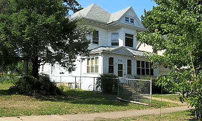 Building, 732 W 3rd St, 0