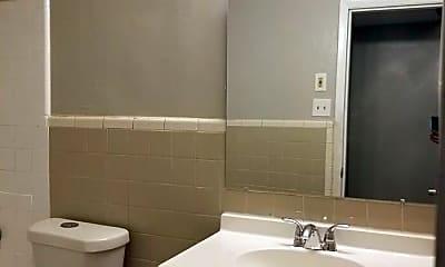 Bathroom, 3937 Glenwood Rd, 2