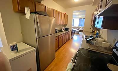 Kitchen, 1140 8th St N, 1