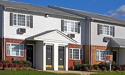 Building, Madison Court Apartments, 0