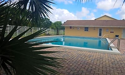 Villas at Palm Beach, 2