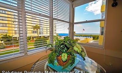 Patio / Deck, 4700 Ocean Beach Blvd, 0