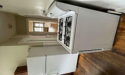 Kitchen, 52 Pinewood Ave, 1