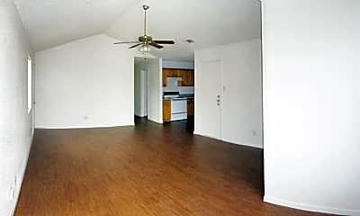 Living Room, 3103 Honeysuckle Cir Apt A, 1