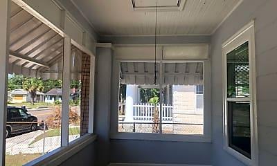 Patio / Deck, 29 W 21st St, 0