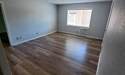 Living Room, 2026 4th St. S, 1