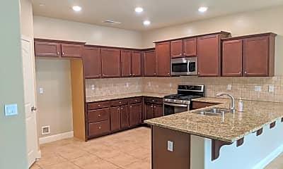 Kitchen, 6225 E Farrin Ave, 1