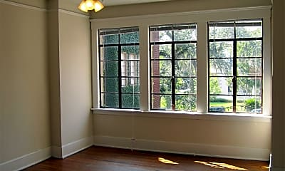 Living Room, 1712 Abercorn St, 1