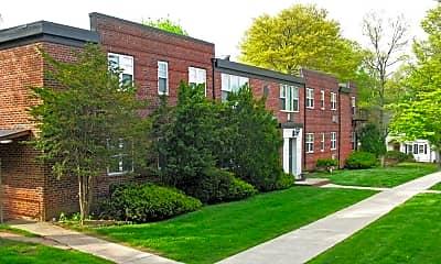 Building, 370b Claremont Ave B6, 0