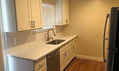 Kitchen, 3771 Miramar Way, 0