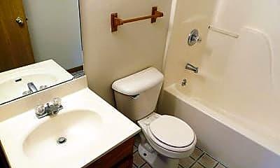 Bathroom, 1503 Pershing Pl, 2