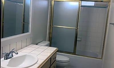 Bathroom, 4210 N Main St, 2
