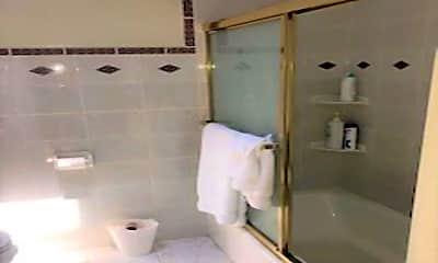 Bathroom, 771 10th St SE, 2