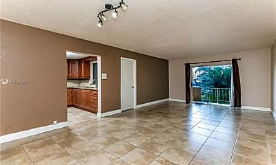 Living Room, 18101 NW 68th Ave D102, 1