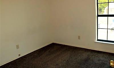 Bedroom, 2916 Tanglewood Dr, 2