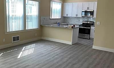 Living Room, 150 Duane St, 0
