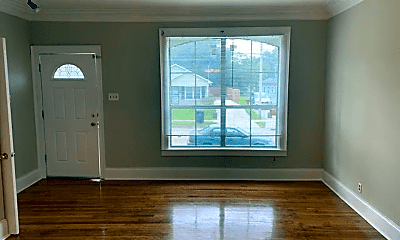 Bedroom, 2855 Madison Ave, 2