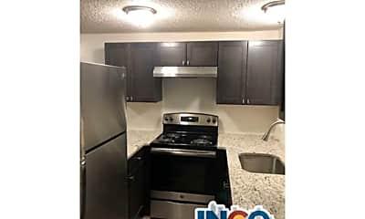 Kitchen, 1390 Everett Ct, 2