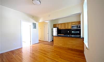 Living Room, 71-77 70th St 2ND, 0