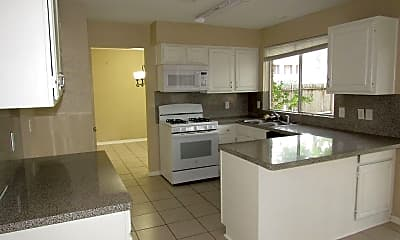 Kitchen, 8650 Hot Springs Dr, 1