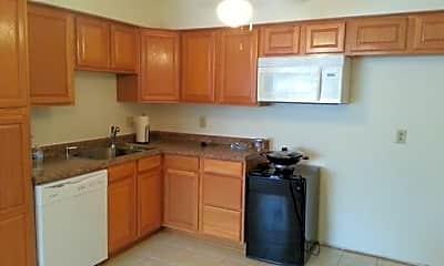 Kitchen, N113W15570 Francese Dr, 1
