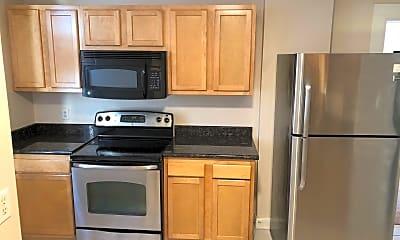 Kitchen, 1441 Worthington St, 1