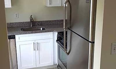 Kitchen, 422 Plateau Ave 1, 1