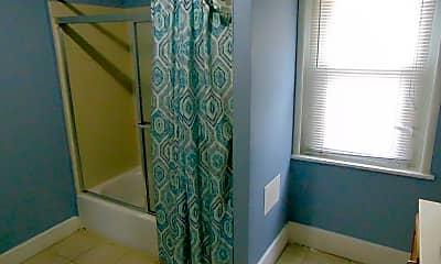 Bathroom, 2522 Potter St, 2