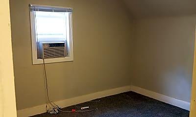 Bedroom, 1009 5th Ave NE, 2