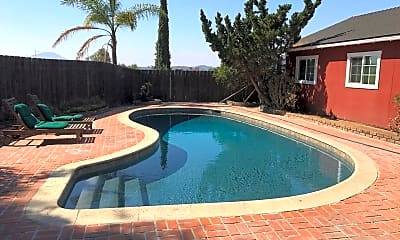 Pool, 1467 Country Crest Dr, 0