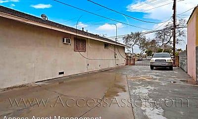 Building, 4101 Santa Ana St, 1