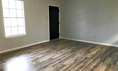 Living Room, 520 E Lagrange St, 0