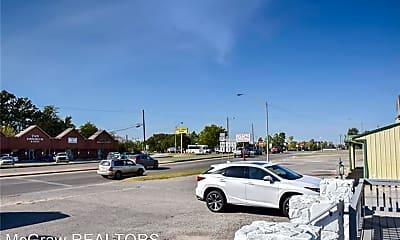 610 N Mississippi Ave, 1