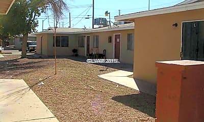 Building, 2616 E Mesquite Ave, 1