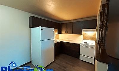 Kitchen, 535 Spinnaker Ln, 1