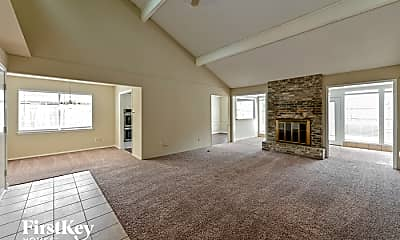 Living Room, 2233 W Clare St, 1