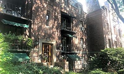 Broadlawn Apartments, 0